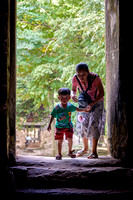 Entering in Prasat Yeay Poan kid mother Cambodia